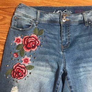 Denim INC Women's Boyfriend Jeans Blue 💐 Flowers